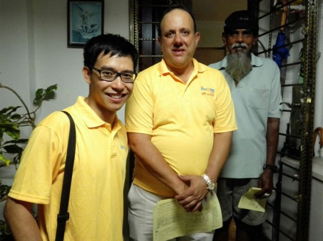 roy-ngerng-reform-party-walkabout